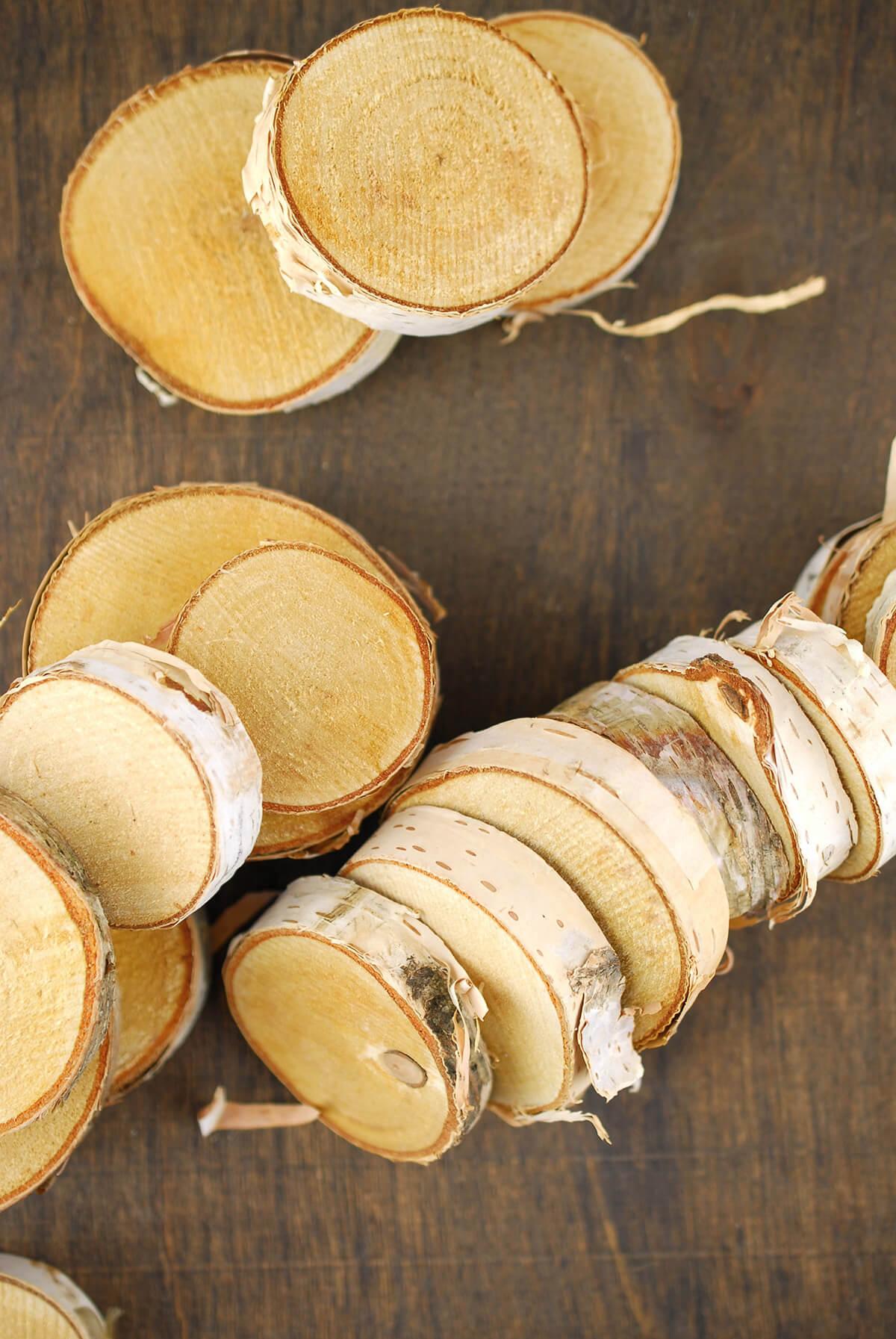 """24 Birch Tree Round Pieces  1.5"""" -2.75"""""""