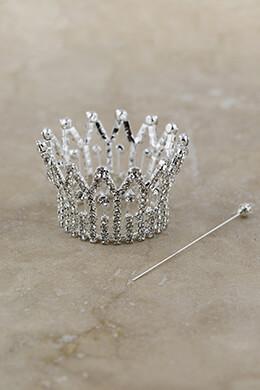 Mini Crown Silver 2.25x1.4in