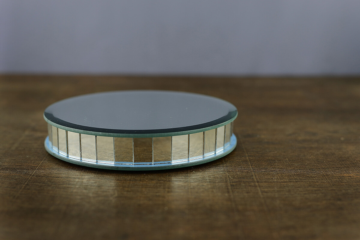 Mirror Riser Round 6in