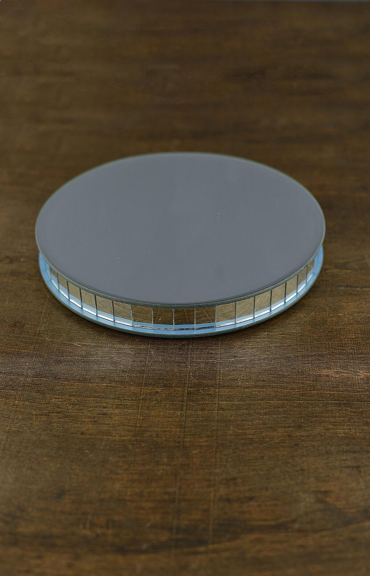 Large 8 Quot Mirror Riser Round
