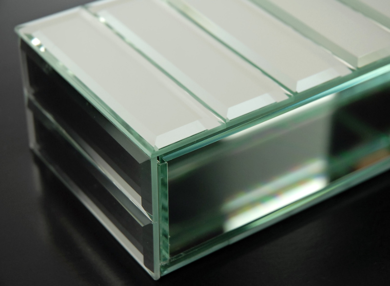 Mirrored Panel Vase, Dazzle Collection, 10.75'' x 2.25'' x 4''
