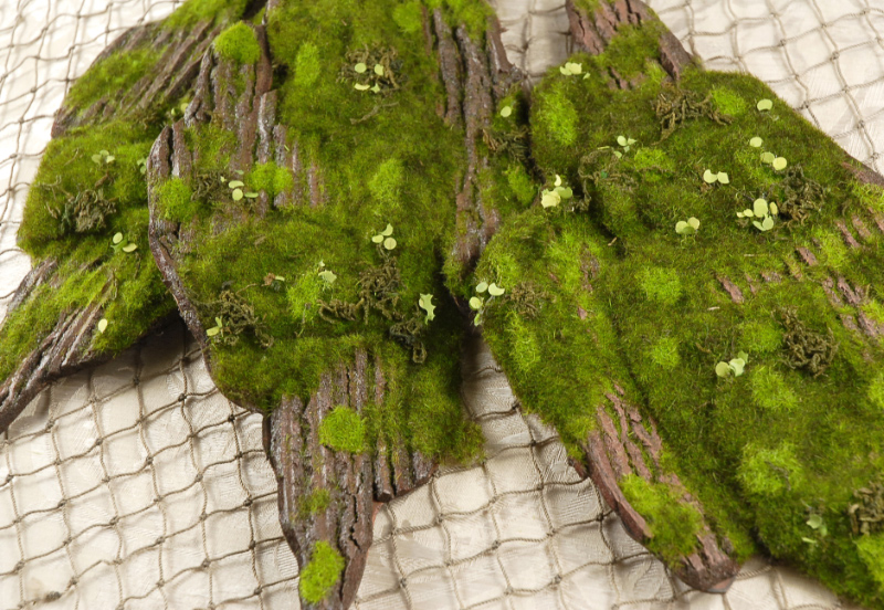 Foam Moss Tree Bark 14 X 6 5in
