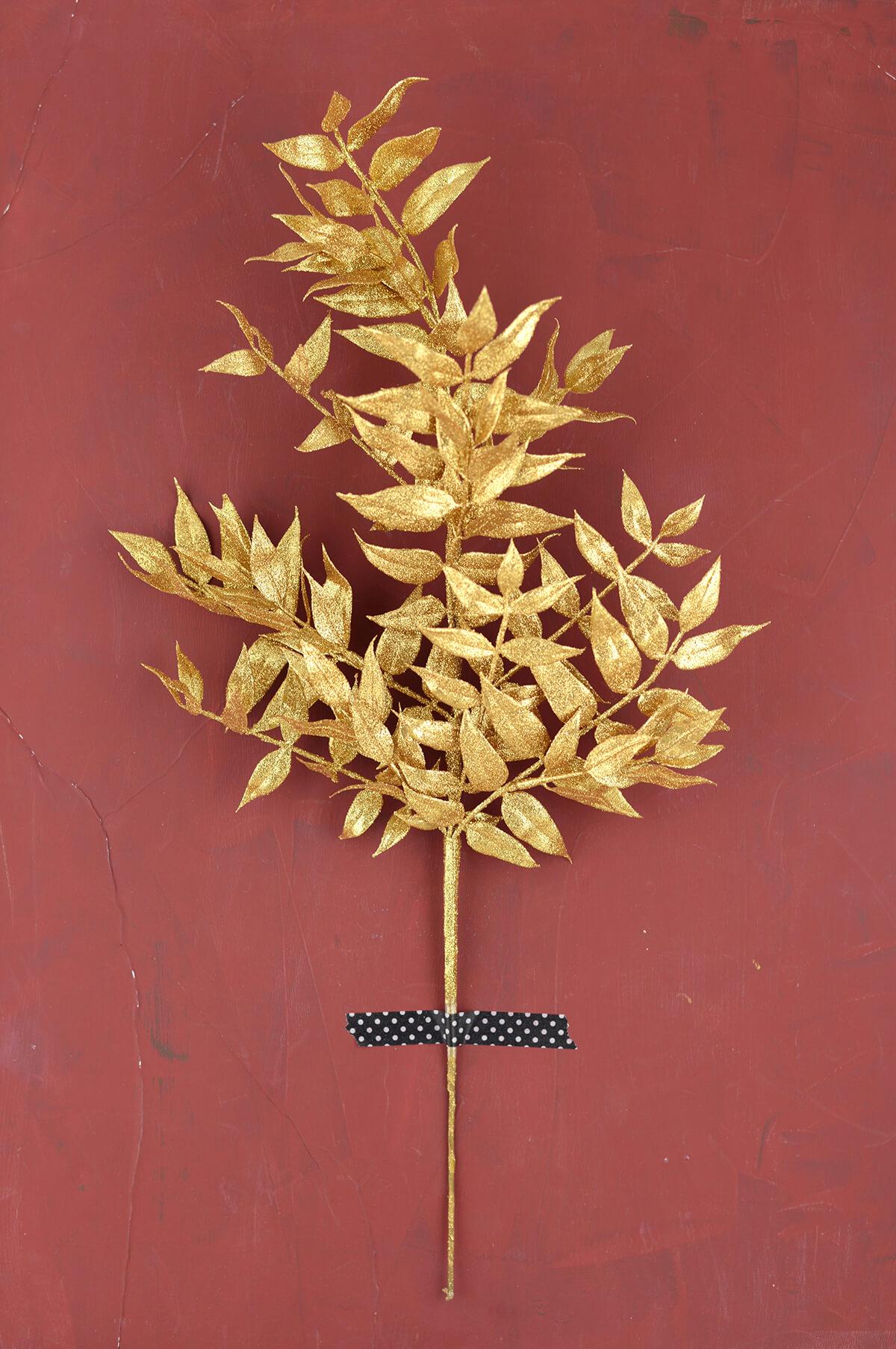 Nandina Leaf Spray Gold 21 5in