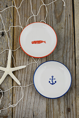 2 Stoneware Nautical Dishes 4in
