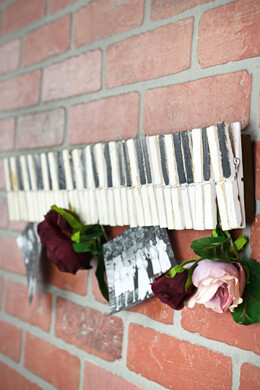 """22"""" Wood Clothespin Card Holder"""