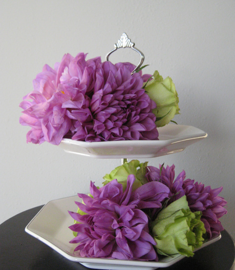 12 Oasis Mini Deco Holders For Flowers On Cakes