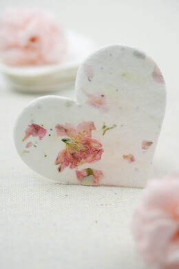 Blossom Hearts Seeded Paper Hearts 2.5in 24 pieces
