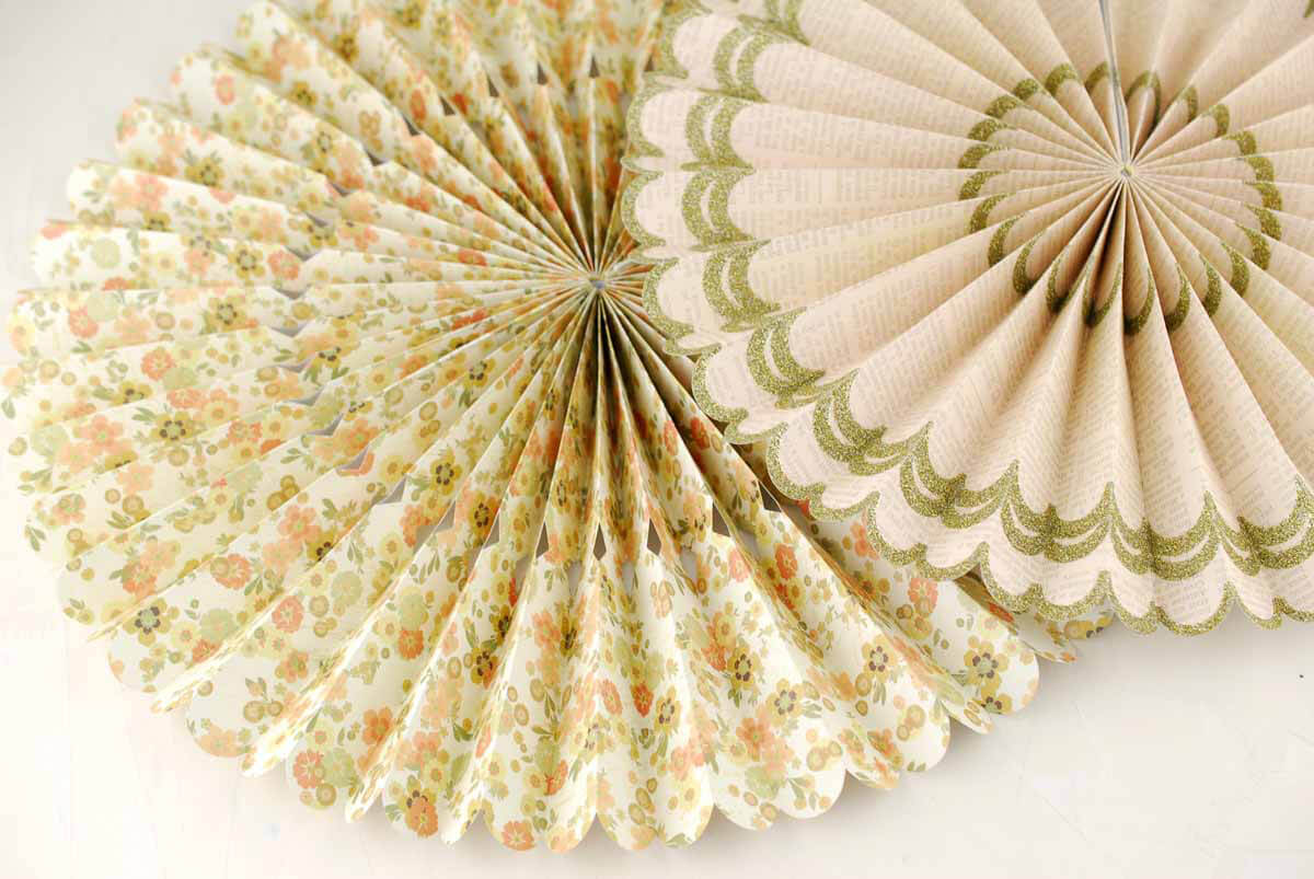 "8 Gold Glitter Vintage Paper Rosettes Party Decorations 8""-17"""