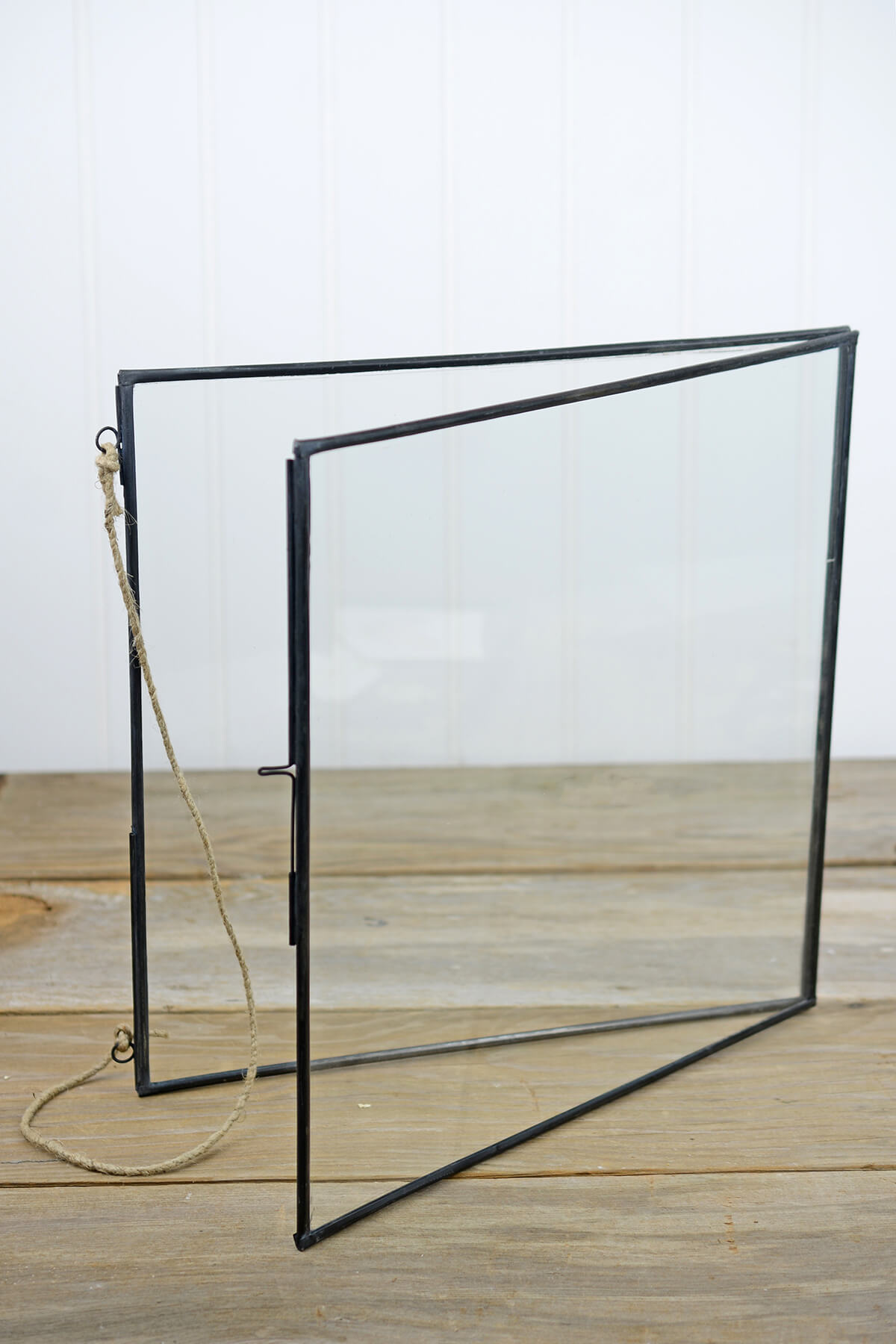 Hanging Metal Double Glass Frame 14 Quot X 14 75 Quot