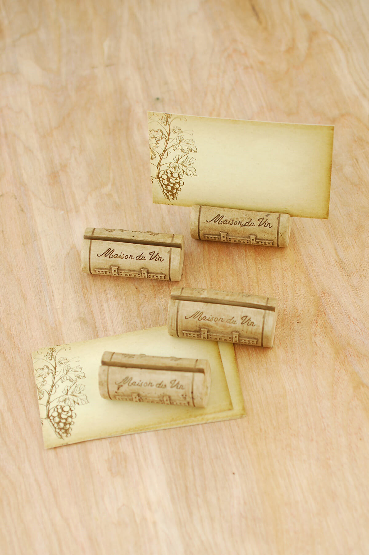 Place card holders table numbers displays place card holder corks set of 4 reviewsmspy