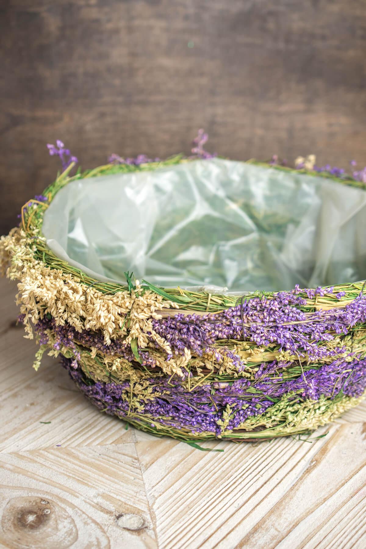 Dried Flower & Wheat Planter Basket Round 5x13in