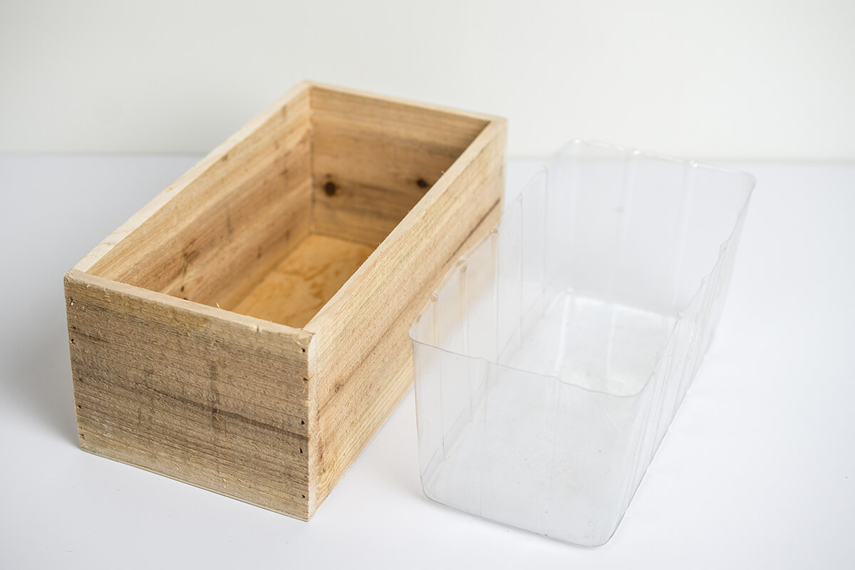 Handmade Wood Planter Boxes with Liner 4x5x10in