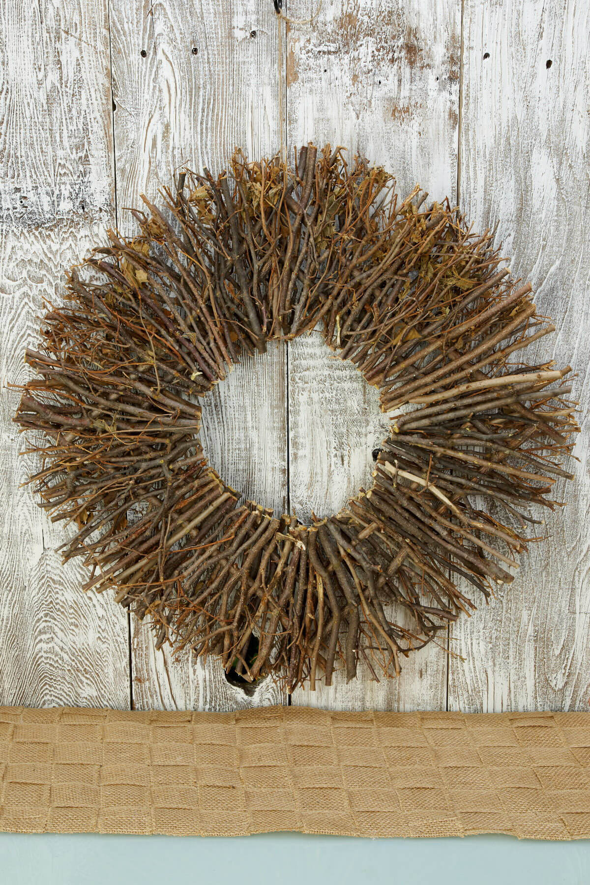 Twig Wreath 24in