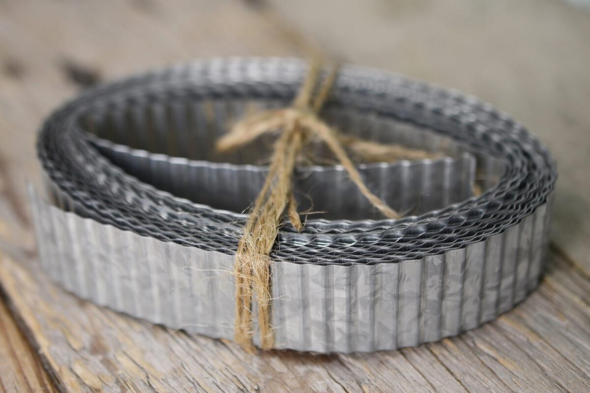 Corrugated Tin Ribbon 1in 15ft