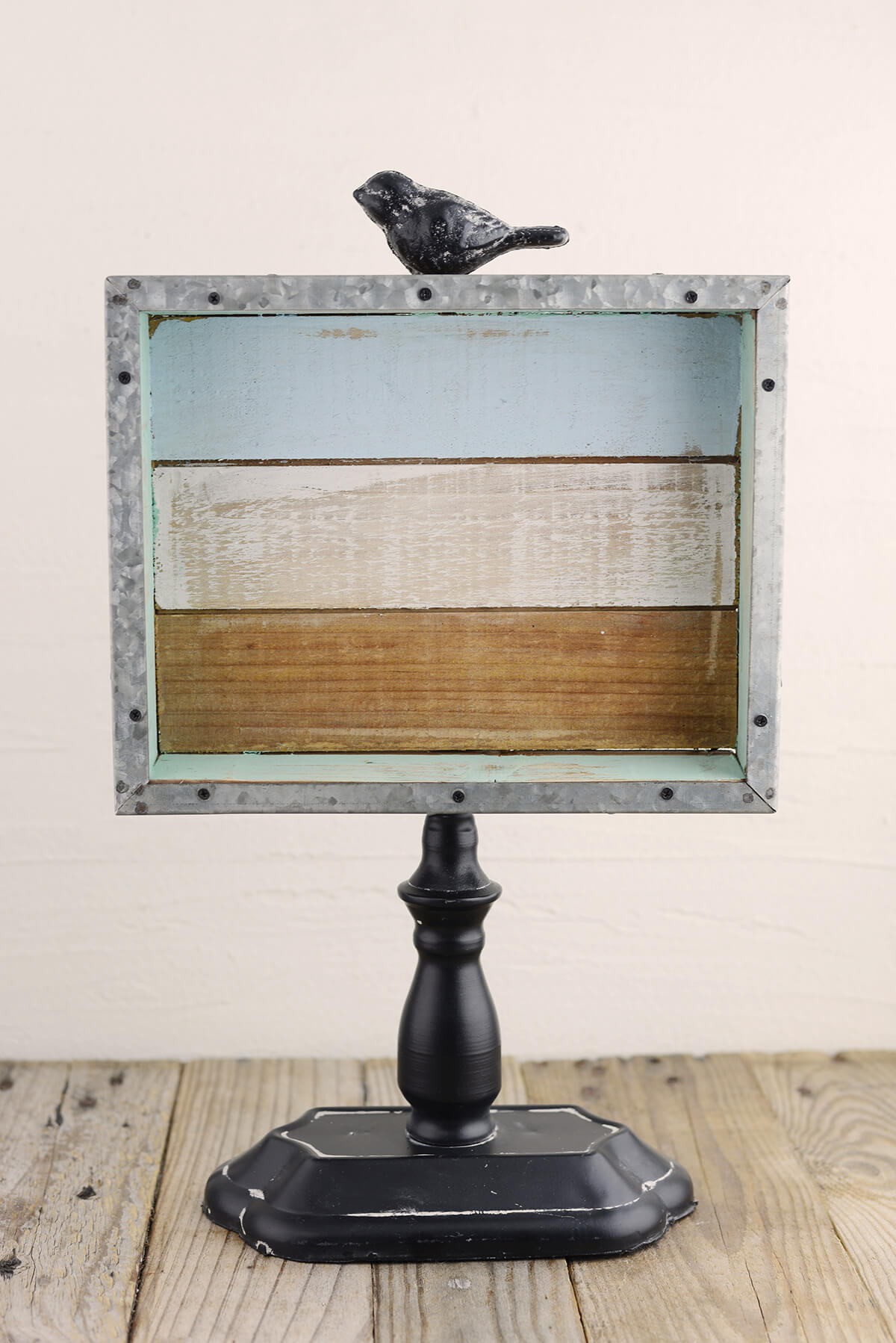 Standing Pallet Wood Sign With Bird