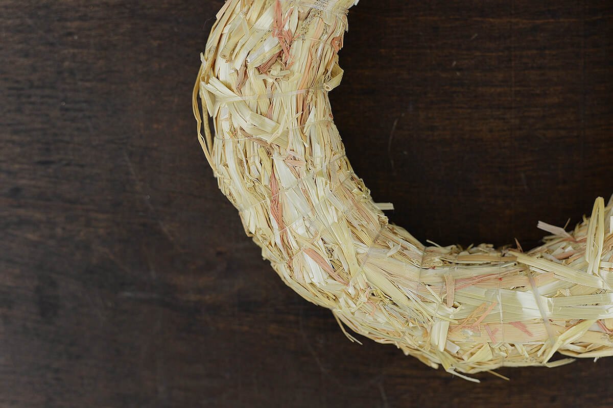 Straw Wreath 8in (Pack of 15)