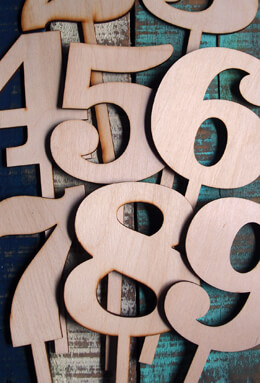 10 Inch Wood Table Numbers  1- 9