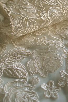 Champagne Floral Lace Table Runner