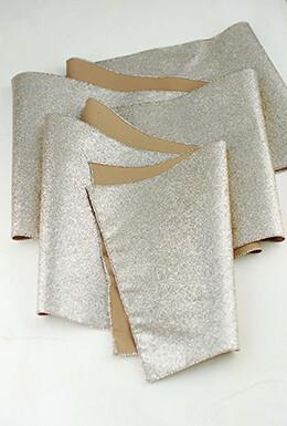 Table Runner Glitter Platinum 96in