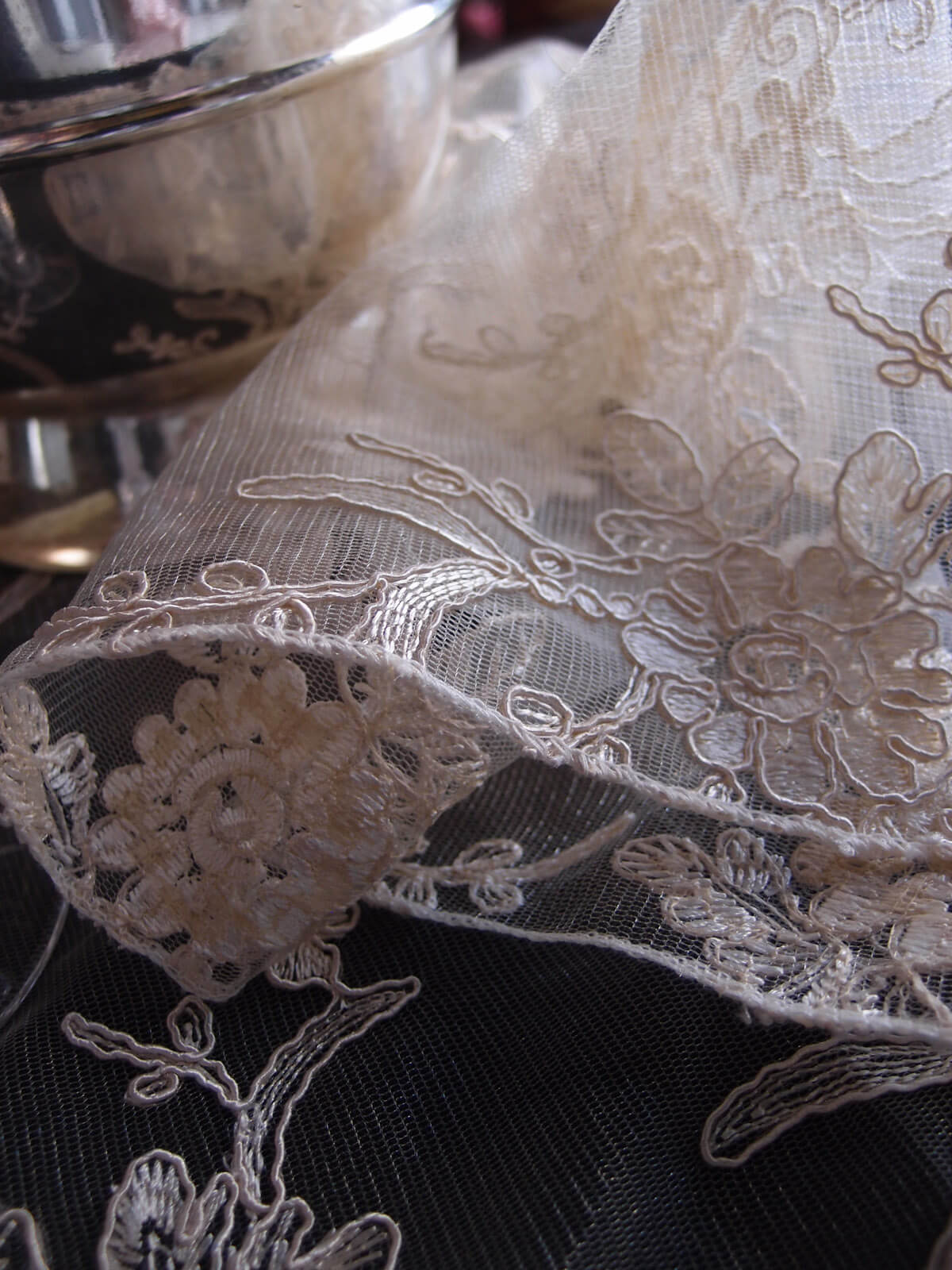 Table Runners Ivory Floral Lace Embroidered Organza 14 X 108