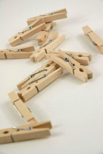 24 tiny clothespins for Mini clothespin craft ideas
