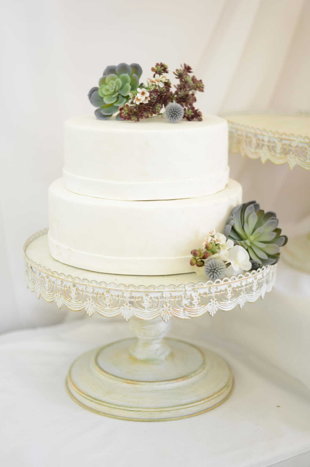 Wedding cake stand white