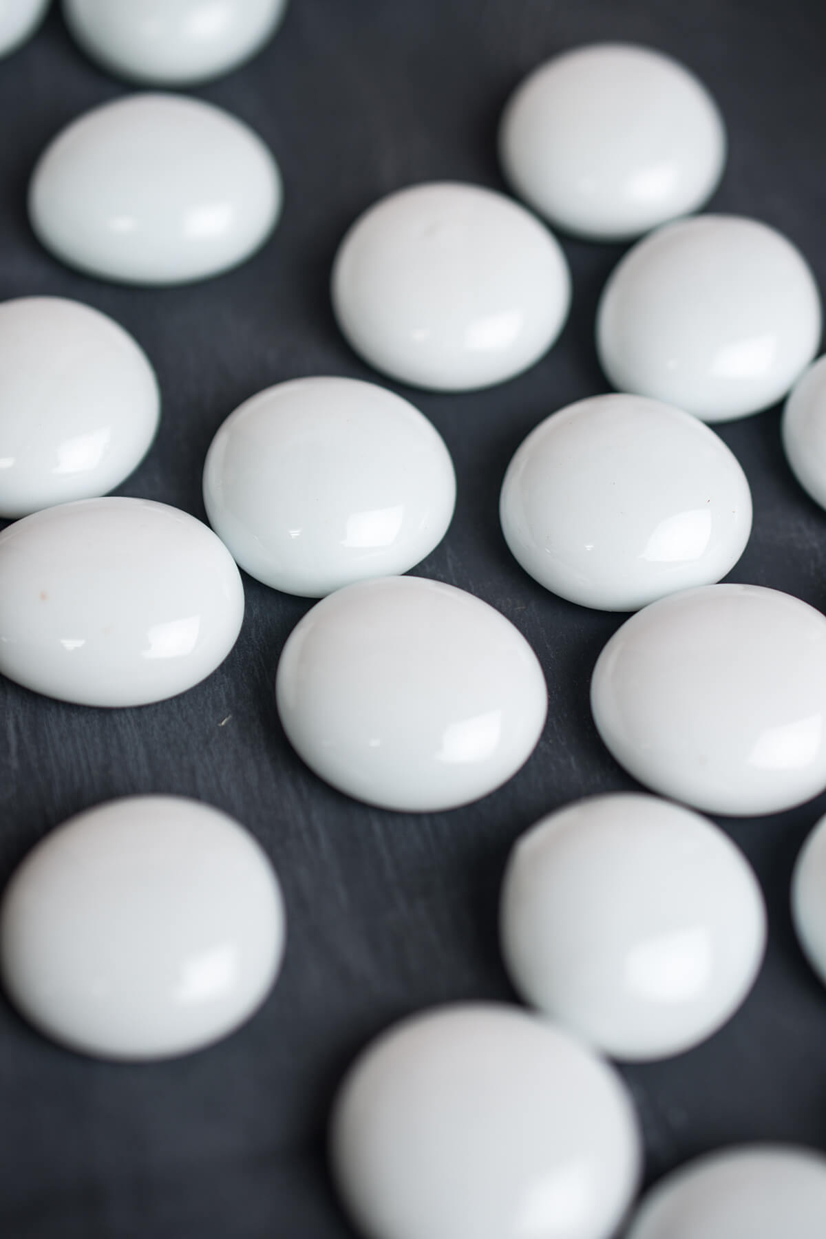White glass disc vase gems pack of 40 for Glass discs for crafts