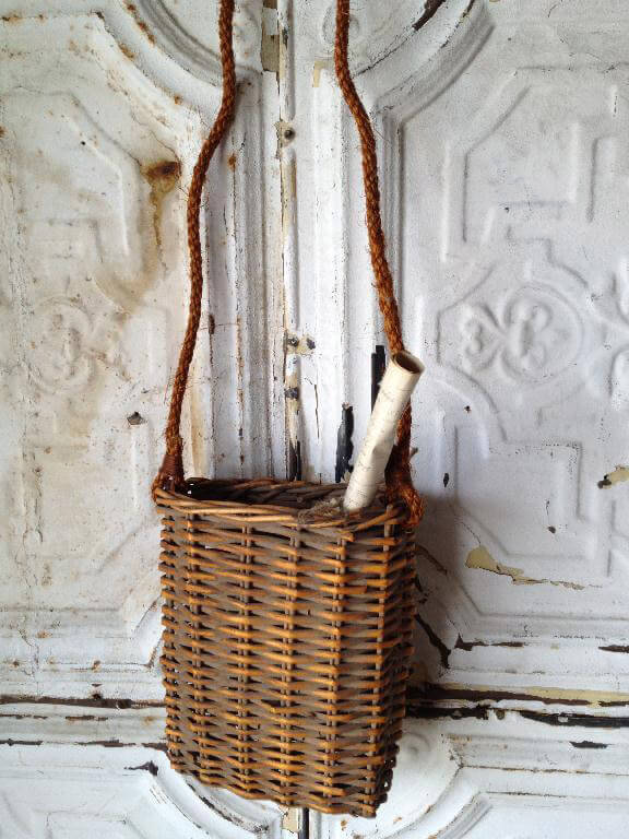 Hanging Wicker Basket With Rope Handle