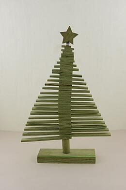 Wood Christmas Tree Green 17.75in