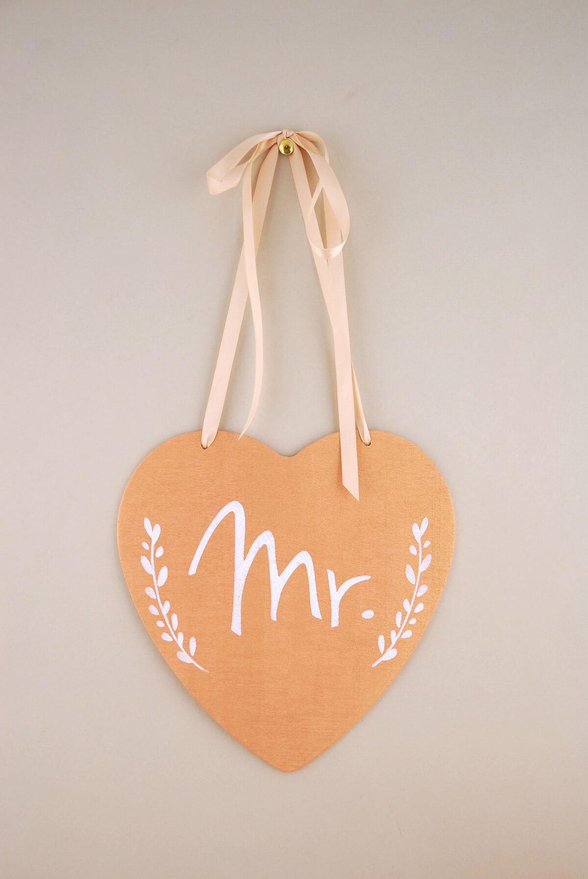 "Handmade Wood Heart Wedding Chair Sign ""Mr."" 8.5in"